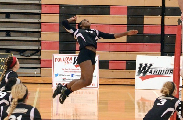 Freshman Desiree Claxton had 20 kills in the Warriors' 3-1 win over Wilmington. Photo Credit / Tory Stella