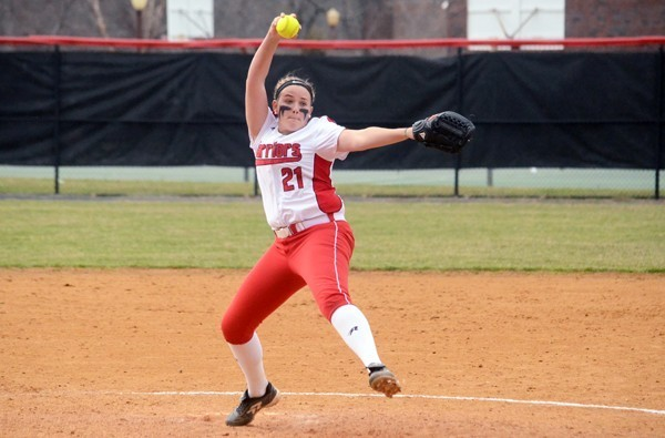 Allison Mende goes the distance for her 6th win. Photo Credit / ESU Warriors