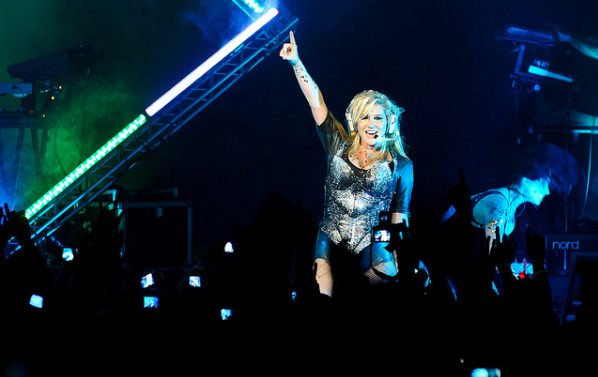Kesha's performance at the Fox Theatre in Oakland, Ca. Photo Credit / Nicole Abalde
