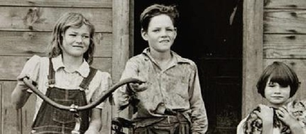Photo Courtesy / Flickr Jeannette Walls and her siblings grew up enduring poverty and hunger.