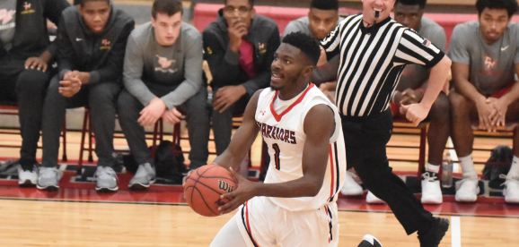 Photo Credit / Ronald Hanaki Sophomore forward Kobi Nwandu scored a career-high 29 points against Concordia last Monday night..